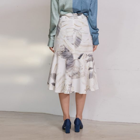 White Circle Flounce Skirt