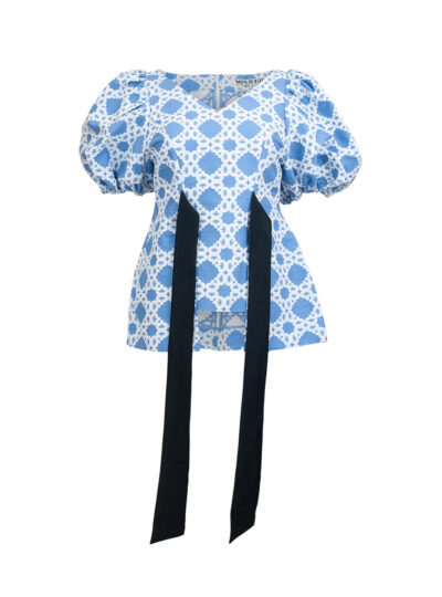 V Neck Short Sleeved Puff Top in White and Blue Print
