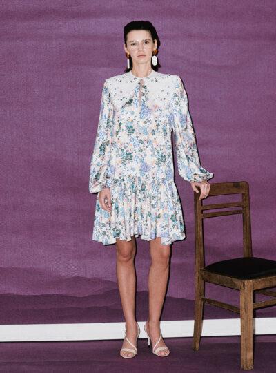 Calm Long-sleeve Dress with Detachable Collar
